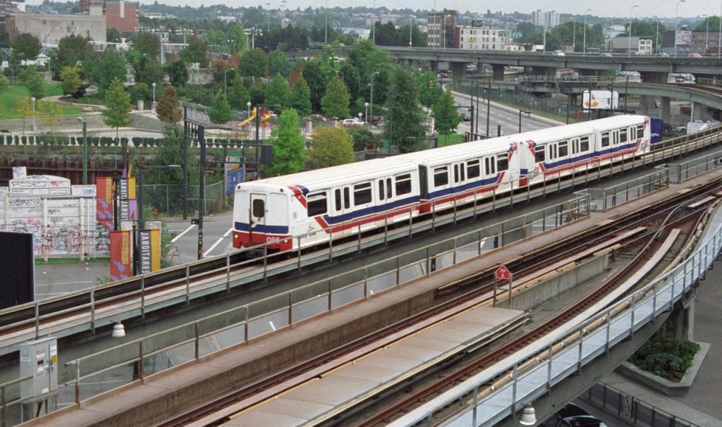 King Edward SkyTrain Station - Light Rail Station in Vancouver   Vancouver Light Rail